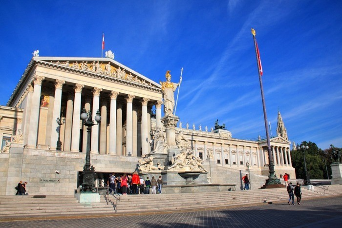 Get Romantic and Enjoy Live Music in Vienna, Austria